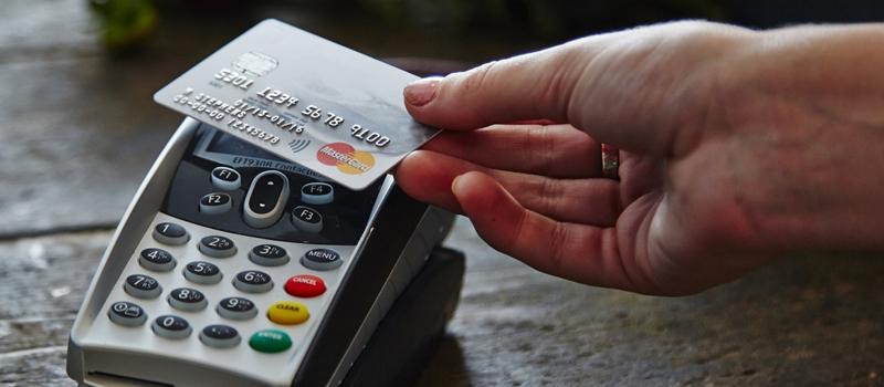 """¿Son Realmente Seguras las Tarjetas de Crédito sin Contacto? La Tecnología """"Contactless"""" Comienza a Innovar en el Mercado"""